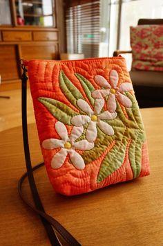Hawaiian Quilt Pochette