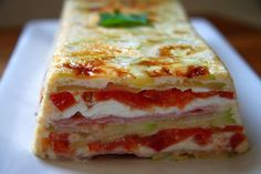 Zucchini strudel with ham and cheese. (Receipe in Spanish Language) Source by elenadus Egg Recipes, Clean Recipes, Cooking Recipes, Healthy Recipes, Weith Watchers, Best Spanish Food, Spanish Dishes, Good Food, Yummy Food