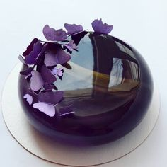 Доброй пятницы всем А мужчин еще и с праздником! Хотя, не только мужчин - например, сегодня я поздравляю и маму. Она советская медсестра, и относится к военнообязанным, поэтому 23 февраля и ее праздник _____________________________ На завтра могу подготовить еще пару тортов - я на этой неделе в ударе Crazy Cakes, Beautiful Cakes, Amazing Cakes, Arts Bakery, Galaxy Cake, Mirror Glaze Cake, Cupcake Cakes, Cupcakes, Star Cakes