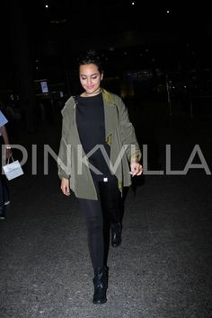 Deepika Padukone and Sonakshi Sinha go casual and comfy at the airport | PINKVILLA