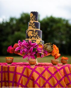 Maggie Stolzberg Photography / Pink, Gold, and Orange Wedding Inspiration / via Style Unveiled