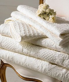 Beautiful, white, embossed quilts~❥