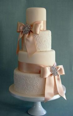 See more about peach wedding cakes, ribbon wedding cakes and wedding cakes.