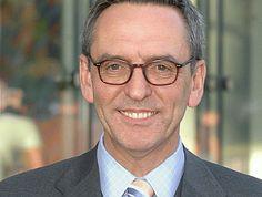 Defino strebt einheitliche Standards für Versicherungen an - VersicherungsJournal Deutschland