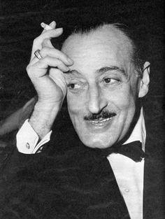 ..Non sono uno scrittore sono un Napoletano.. [Totò (RAI, Segnalibro, 1965)] #ilovenapoli