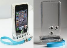 iPhone Scuba case is a case for your iPhone 4 and iPhone 4S that will let you use your smartphone underwater. http://www.geeky-gadgets.com/tat7-iphone-scuba-case-video/