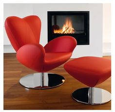 Heartbreaker Lounge Chair - Product Page: http://www.genesys-uk.com/Heartbreaker-Lounge-Chair.Html  Genesys Office Furniture Homepage: http://www.genesys-uk.com  The Heartbreaker Lounge Chair is an upholstered armchair with a heart-shaped back on a swivel base.  This would make a unique and eye catching addition to your reception, visitor or lounge area.  An upholstered footrest to match the Heartbreaker Chair is also available.
