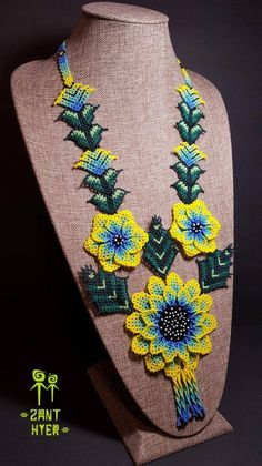 Huichol necklace hand made whit mora than 5000 beads on it, more than 20 hours to elaborate it.