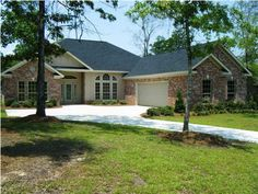 32745 Curlew Ct Daphne/Montrose/Spfort - 4 Bedrooms, 3.5 Bathrooms :: Home for sale in Spanish Fort, AL MLS# 227734. Learn more with SouthAlabamaLiving Team