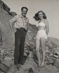 Rarely-Seen Images Reveal How Bored Housewife Norma Jeane Became a Model-of-the-Moment, Before She Became the Legendary Marilyn Monroe ~ vintage everyday Joven Marilyn Monroe, Marilyn Monroe Kunst, Young Marilyn Monroe, Norma Jean Marilyn Monroe, Marilyn Monroe Photos, Marilyn Monroe Clothes, Marilyn Monroe Movies, Lake Pictures, Norma Jeane