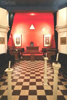 The Franklin Delano Roosevelt masonic lodge room in the Grande Loge de France, Paris, France, Europe✾♡✽♡❃♡❀♡✿♡✿♡✿♡✿♡  http://en.wikipedia.org/wiki/Franklin_D._Roosevelt    http://www.fdrlibrary.marist.edu/
