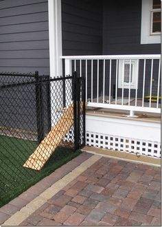 excellent ramp from the deck to the patio! Brilliant! | Dog Design ...