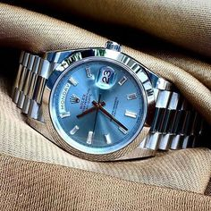 Rolex Air-King swiss-automatic mens Watch 14000 (Certified Pre-owned) Men's Watches, Fancy Watches, Luxury Watches For Men, Sport Watches, Fashion Watches, Fitness Watches For Women, Rolex Cellini, Rolex Women, Swiss Army Watches