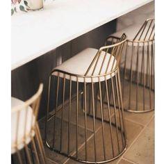 Dekoratif Sandalye ... #paslanmaz #emrydesign #metal #paslanmaz #kaplama #mimari #sanat #art #sandalye #evdekorasyonu #homedecor #imalat #galeri #showroom #galata #like4like http://turkrazzi.com/ipost/1516040234021502617/?code=BUKDo9-DT6Z
