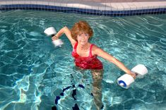 Exercise for Cardiovascular Health Bone Diseases, Water Aerobics, Body Tissues, Senior Fitness, Flexibility Workout, Regular Exercise, New People, Body Weight, Lunges