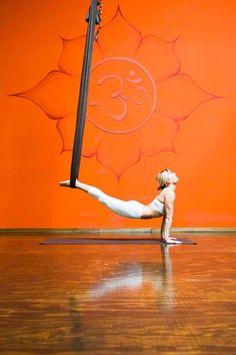 AIReal Yoga Up dog #airealyoga #yoga #aerialyoga