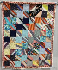 String, variation / Four Patch, c. 1950-1975. Found in South Louisiana; collection of Roderick Kiracofe.  QuiltCon 2013 exhibit.  Posted at undercover crafter