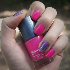 Hot pink and holographic manicure using the exclusive lacquer and wrap from the July StyleBox by Jamberry