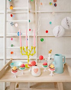 Heart Handmade UK: Pretty Party Table Decor and Garland from Bijzondermooi