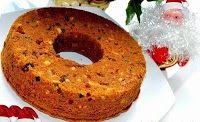 Golden Christmas Cake is a simply made fruitcake, yet offers those who consume it such wonderful flavors. Fruit Sponge Cake, Sponge Cake Recipes, Indian Cake, Indian Sweets, Dried Fruit Cake Recipe, Bengali Food, Egg Cake, Plum Cake, Christmas Cooking