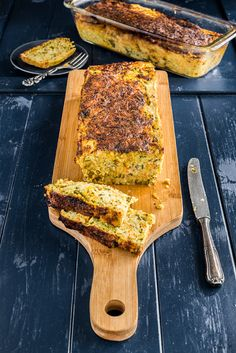 This is not a real bread. It looks like one but in fact is a side dish, a vegetable bread. Has a composition of a quiche or savoury tart. Vegetable Bread, Vegetable Recipes, Best Food Photography, Savory Tart, Summer Colors, Main Meals, Side Dishes, Favorite Recipes, Lunch