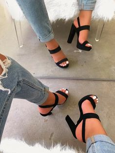 Fancy Shoes, Pretty Shoes, Beautiful Shoes, Heeled Boots, Shoe Boots, Rain Boots, Shoes Heels Wedges, Wedge Heels, Shoes High Heels