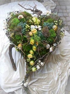 Driftwood wall art with pictures hanging down Funeral Flower Arrangements, Funeral Flowers, Floral Arrangements, Door Wreaths, Grapevine Wreath, Funeral Tributes, Grave Decorations, Sympathy Flowers, Rose Embroidery