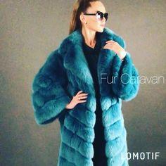 Green Fur Coat, White Faux Fur Coat, Sable Fur Coat, Fox Fur Coat, Valentino, Fur Fashion, Keep Warm, Online Boutiques, Style Guides