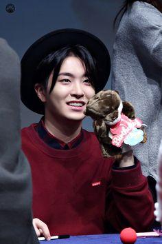 GOT7 Youngjae~ He's sooo cuteee ughh✨☀️