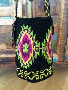 OOAK Mochila bag - wayuu technique woven with first quality cotton. Native…