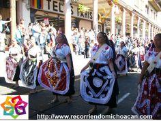 MICHOACAN te comenta que cada año, durante la semana santa, se realiza en Uruapan, algunas actividades que buscan preservar y difundir la riqueza patrimonial de las comunidades indígenas, empieza con un desfile artesanal y el tianguis artesanal de domingo de ramos, después el concurso de artesanías y para finalizar, el de trajes típicos, no podemos olvidar las muestras gastronómicas. AG HOTEL http://www.aghotel.com.mx/