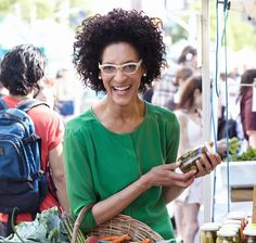 Hurry up and grab your tickets, food fanatics and The Chew / Top Chef fans - Chef Carla Hall is coming home to Nashville, for a good Southern supper at Green Door Gourmet.