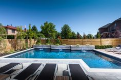 AquaSpa Pools & Landscape Design combines quality workmanship and creative design to give all our clients the landscape of their dreams. Call us now at: 416-693-7770 for a free consultation!