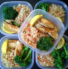 Simple and colorful meal prep! Baked, lemon tilapia with steamed broccoli and brown rice with sauteed peppers and green onions. This meal is gluten free. Follow us on Instagram: @mybodymykitchen