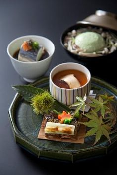 Art of Japanese Food Curator: Mayumi Hara Japanese Food Art, Japanese Street Food, Japanese Dishes, Japanese Treats, Japanese Culture, Bento, Food Presentation, Food Plating, Food Photo