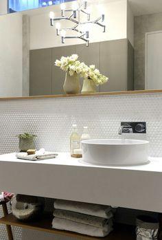 Fresh Bathroom & Modern Powder Room Reveal - Interior Design Ideas & Home Decorating Inspiration - moercar Bathroom Renos, Laundry In Bathroom, White Bathroom, Modern Bathroom, Small Bathroom, Beach Bathrooms, Bathroom Inspo, Bathroom Inspiration, The Block Glasshouse