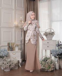 48 ideas dress maxi formal inspiration for 2019 – Hijab Fashion Kebaya Dress, Dress Pesta, Hijab Dress, Kebaya Brokat, Trendy Dresses, Modest Dresses, Cute Dresses, Muslim Fashion, Hijab Fashion
