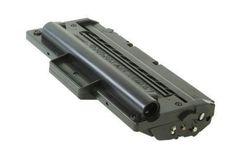 Toner Samsung ML1710 Preto Compatível  Durabilidade: 3.000 páginas - Para uso nas impressoras: SAMSUNG ML1500, ML1510, ML1520, ML1520P, ML1710, ML1740, ML1750, ML1755, SCX4016, SCX4100, SCX4116, SCX4216 LEXMARK X215 MFP XEROX PHASER 3115, 3116, 3120, 3121, 3130 XEROX PE1  Modelo: ML1710   Garantia: 90 Dias  Referência/Código: TCS1710P