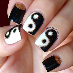 And these sexy Latest Easy Nail Art Designs for Short Nails 2016 will make your cute nails the next most beautiful thing on earth after you. Simple Nail Art Designs, Toe Nail Designs, Easy Nail Art, Nails Only, Love Nails, My Nails, Yin Yang Nails, Hippie Nails, Alien Nails