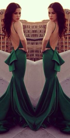 Love the back! #fashion Michael Costello. Jaglady