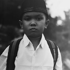 confuse pose before go to school