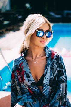 Ali, Sunglasses Women, Hair Makeup, Beautiful Women, My Favorite Things, Romania, Summer, Stars, Party