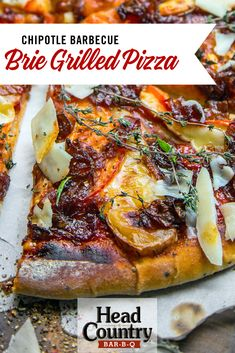 Pizza lovers check out this chipotle barbecue brie pizza! Your taste buds will be in heaven with this BBQ brie cheese! Grilled Pizza Recipes, Game Day Food, Appetizers For Party, Chipotle, Taste Buds, Brie, Easy Dinner Recipes, Barbecue, Dinners
