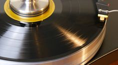 7 Tips to Perfect Sounding Vinyl Records: Handling, Cleaning, Playing