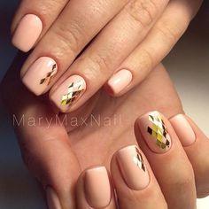 Nails design #nails #nailart #glitter #rhombus #wow