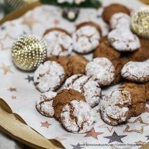 Kekse selber backen - feine Rezepte für Weihnachtskekse - alle Einträge | Kochen… Garlic, Stuffed Mushrooms, Cookies, Vegetables, Desserts, Food, Chocolate Candies, Dessert Ideas, Cooking