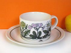 Arabia Flora coffee cup Esteri Tomula vintage by HuntersKitchen