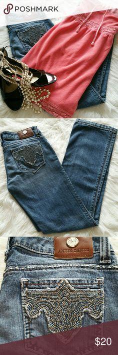 """SALE Anitek Premium Denim Gorgeous Anitek Premium Denim with Amazing detailed Pocket Design and stitching Great Condition 31"""" Inseam 8"""" rise 98% Cotton 2% Spandex Anitek Jeans"""