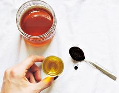 DIY facemask with coffee, olive oil and honey | Gesichtsmaske aus der Mikrowelle