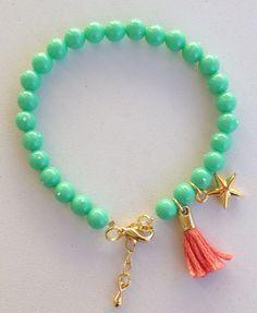 Bracelet with tassel pulseira verde agua com tassel rosa